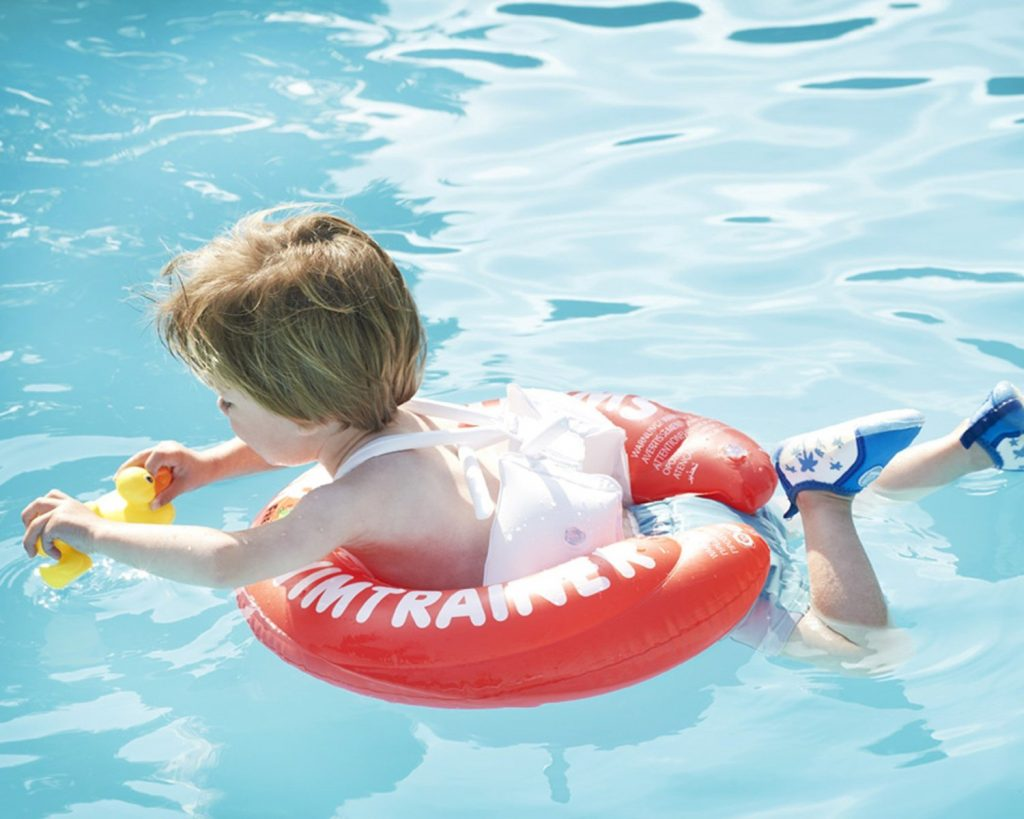 Phao bơi cho bé 2 tuổi