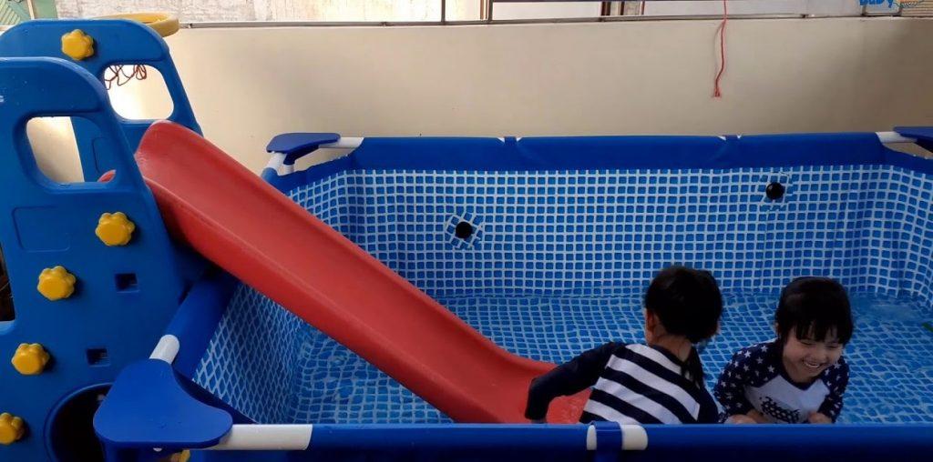 Cầu trượt kết hợp bể bơi