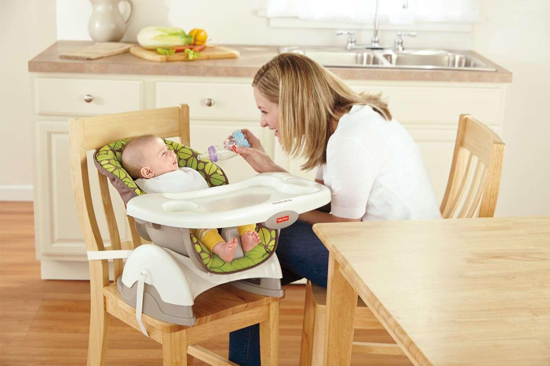 Có nên mua ghế ăn dặm cho bé hay không?
