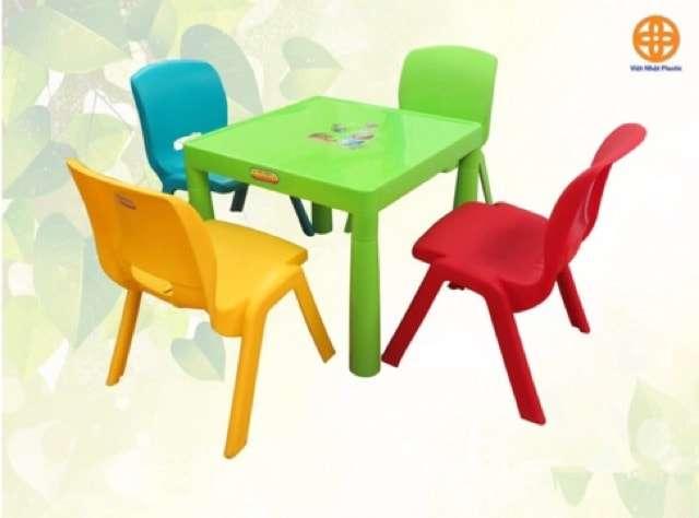 Bộ bàn ăn bàn học đa năng cho bé