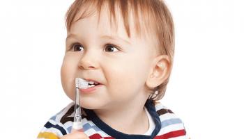 Đi Tìm Bàn Chải Đánh Răng Cho Bé Phù Hợp Theo Từng Độ Tuổi